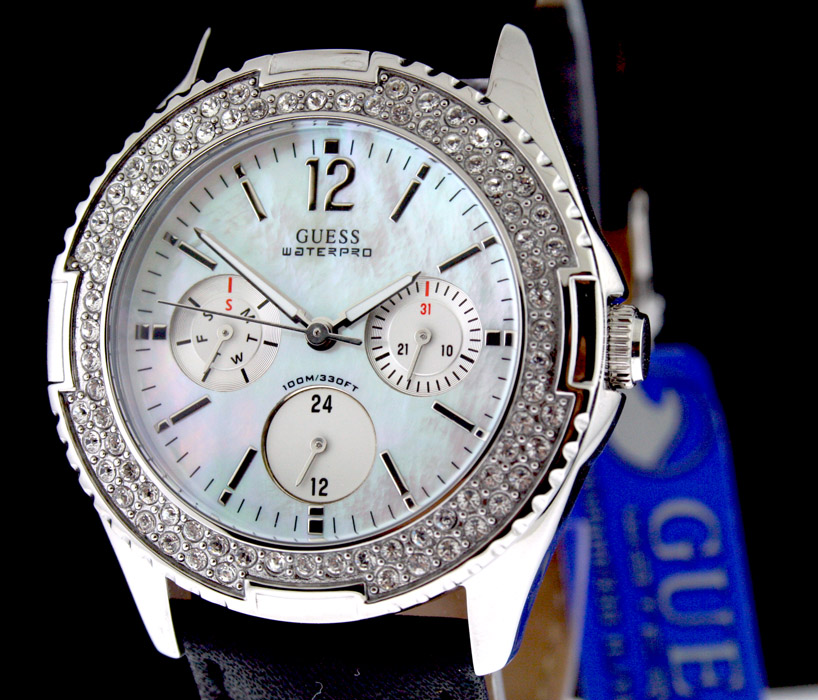Guess WOMEN SWAROVSKI CRYSTAL FACE LEATHER BAND G95354L